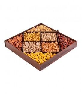 جعبه مربع درب طلایی
